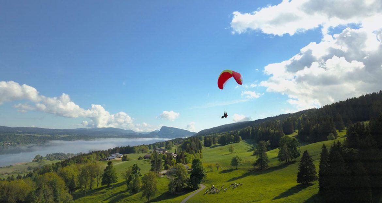 La Suspente, le vol en parapente  bi-place de la Vallée de Joux